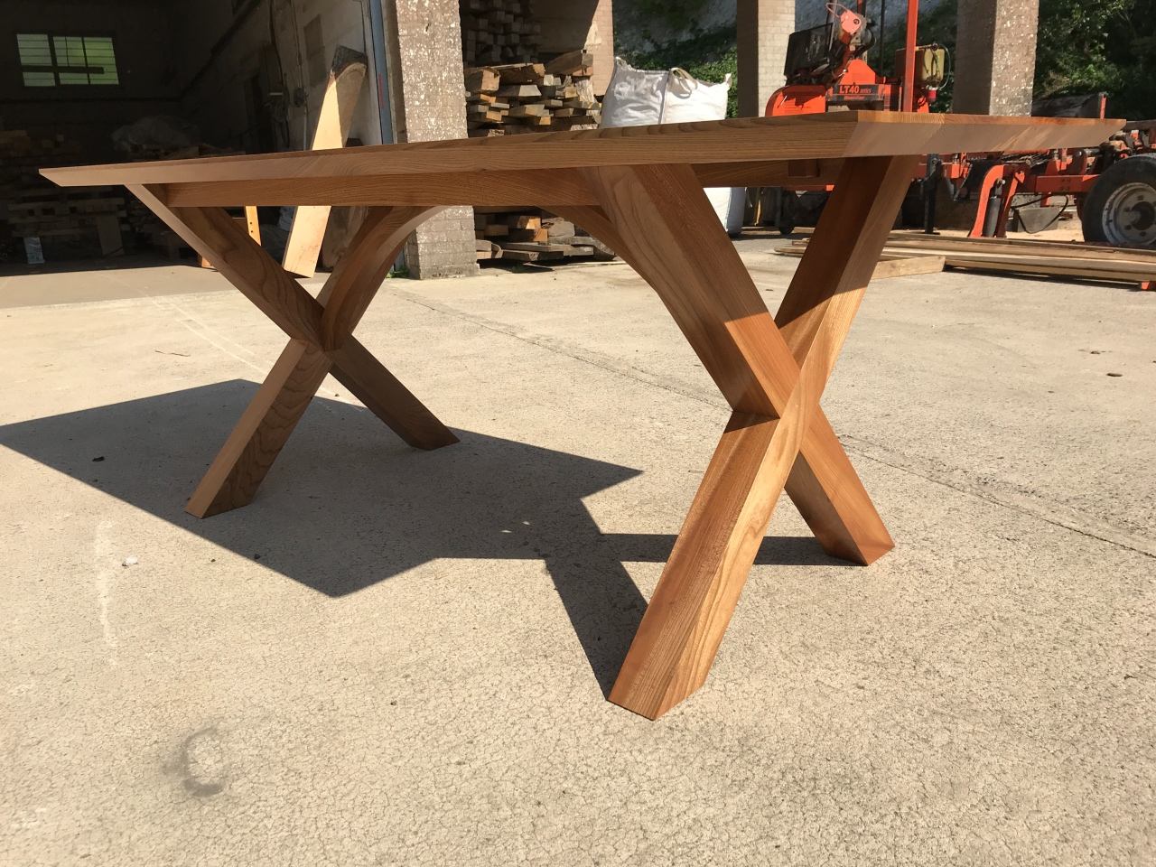 Table Arched